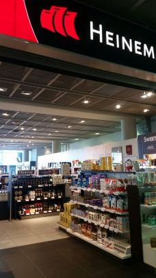 Heinemann免税店(德累斯顿机场店)-德累斯顿-过客绸谬