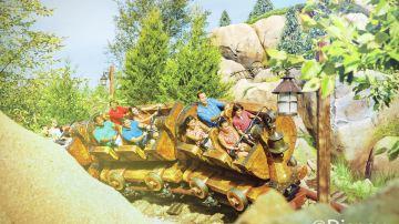 七个小矮人矿山车