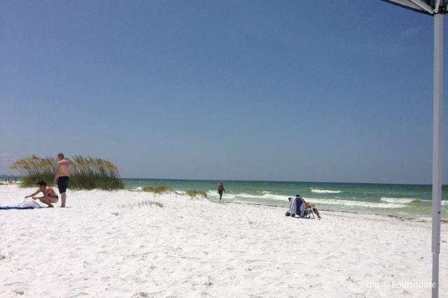Guide to Siesta Key Beach: Florida's Finest White Sand Beach