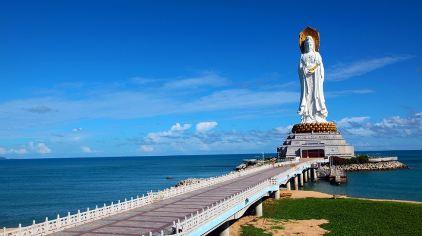 108米南山海上观音圣像