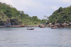 蓝通湾-皮皮岛-鱼和尚