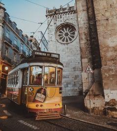 葡萄牙游记图文-一家三口漫游葡萄牙,寻找曾经里斯本走过的石子路。