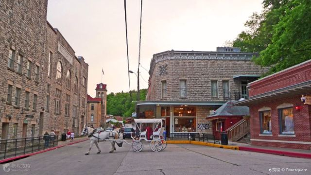 10 Most Charming Small Towns in America