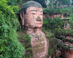 10 Amazing Places to See Buddha around The World
