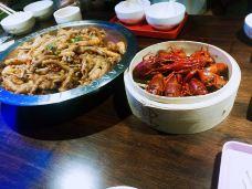 胖哥俩肉蟹煲(北口财富中心店)-咸阳