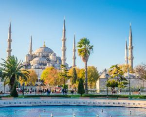 Iconic Blue in Istanbul: Sultan Ahmed Mosque You Cannot Miss