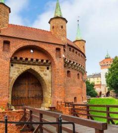 波兰游记图文-如何乘坐Flixbus和波兰铁路去波兰最美的世遗小镇-克拉科夫?
