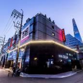 首爾蠶室大提琴酒店