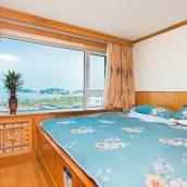 青島秀峰公寓