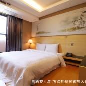 台中夢想12旅店