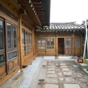 努里韓屋旅館