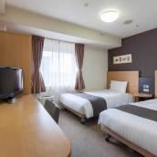 橫濱關內舒適酒店