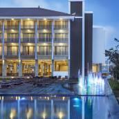 金巴蘭斯特薩酒店
