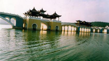 龙西湖桥文化1.jpg