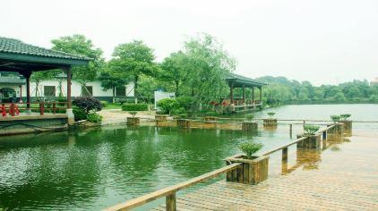 千龙湖3.jpg