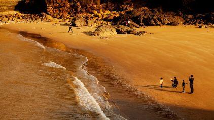金沙滩.jpg