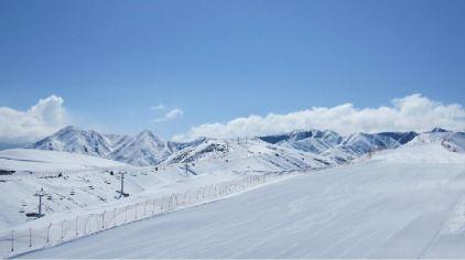 天山天池滑雪场1.jpg