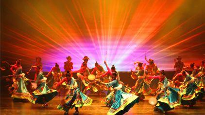 大型民俗舞蹈诗画《香格里拉》4.jpg