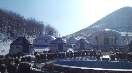 蒙古包草原度假村 (3).jpg