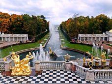 夏宫-圣彼得堡-喜宝