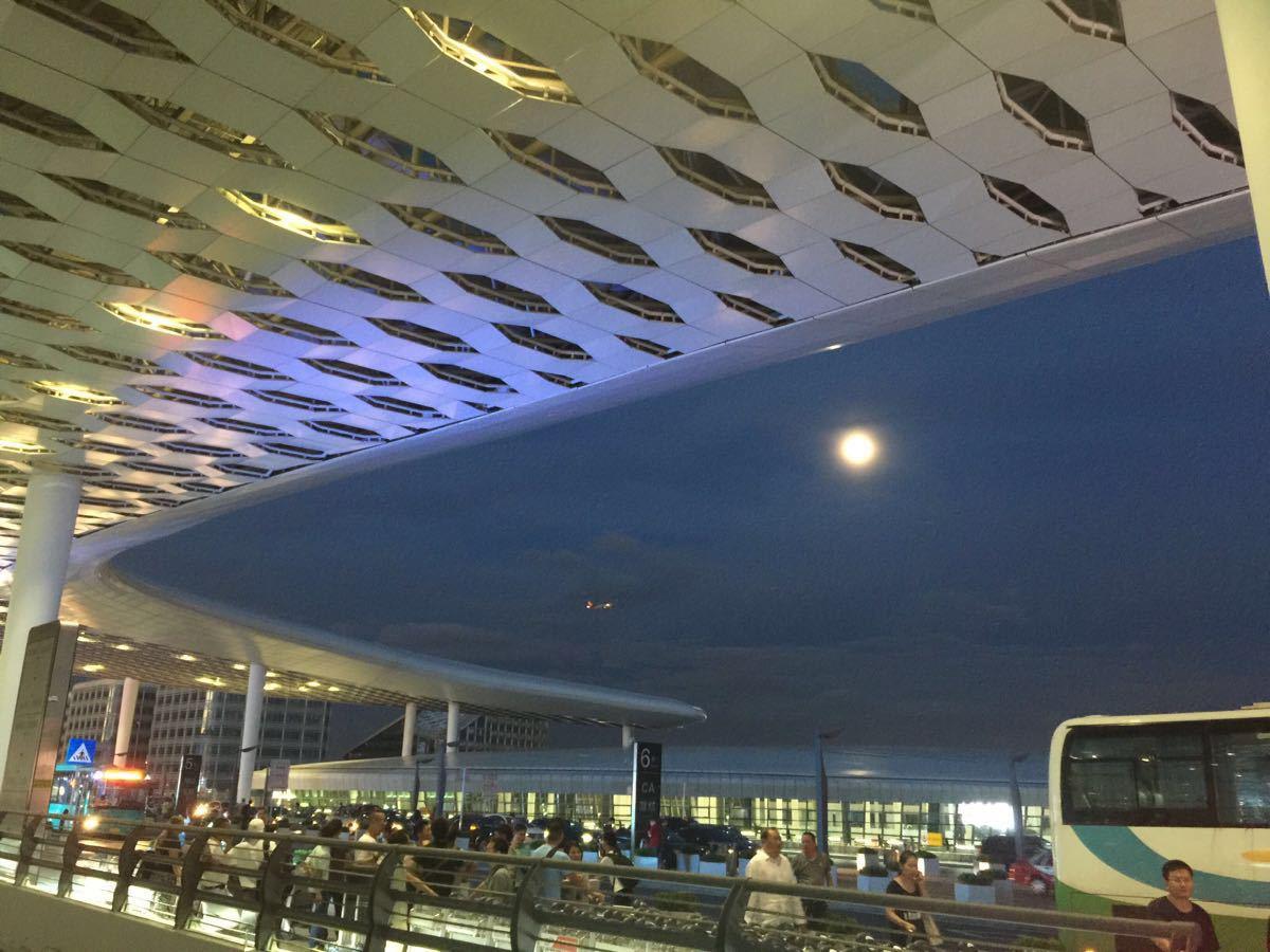 深圳机场到东莞_晚上12点从深圳宝安机场到东莞黄江打的多少钱