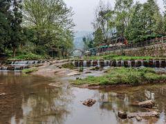 中国的景观大道G318——川藏南线1日游