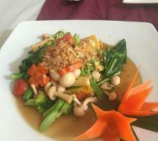 Bussabathai Restaurant Ao-Nang Krabi-甲米-当地向导普吉岛阿良在三亚