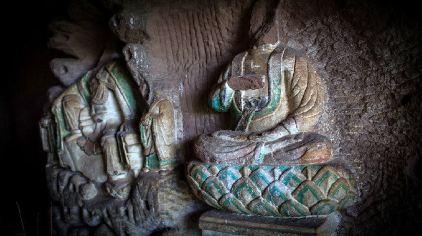 石窟佛像2