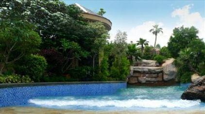 特色游玩项目1冰泉冲浪池