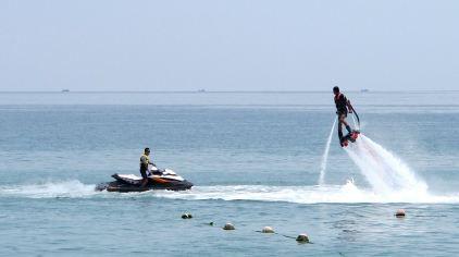 水上飞行器12.jpg