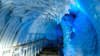 冰洞.jpg