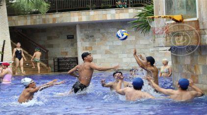 水上篮球.jpg