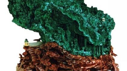 孔雀石 产于广东阳春