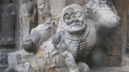龙门石窟3