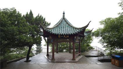 石钟山-江天一览亭.jpg
