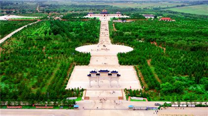 成吉思汗陵园 (2).jpg