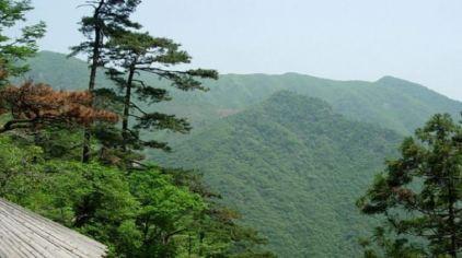 龙王山.jpg