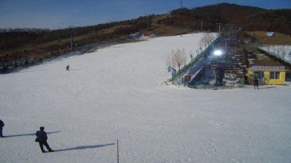铭湖国际滑雪场1
