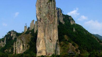 鼎湖峰 (1).jpg