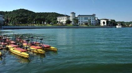 山湖温泉4