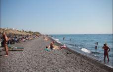 卡马利黑沙滩-圣托里尼-蓝色可乐ili